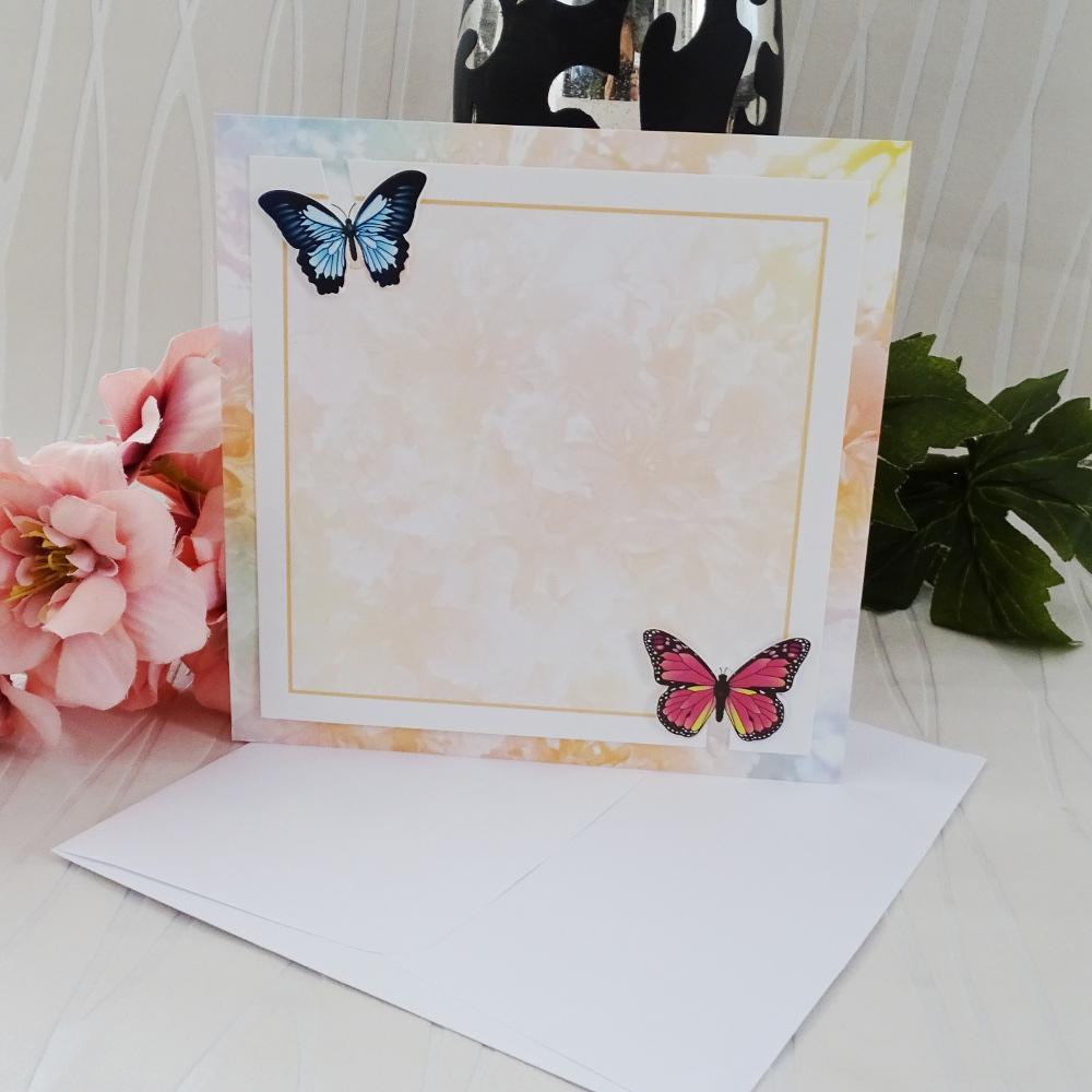 Ефектни покани с пеперуди