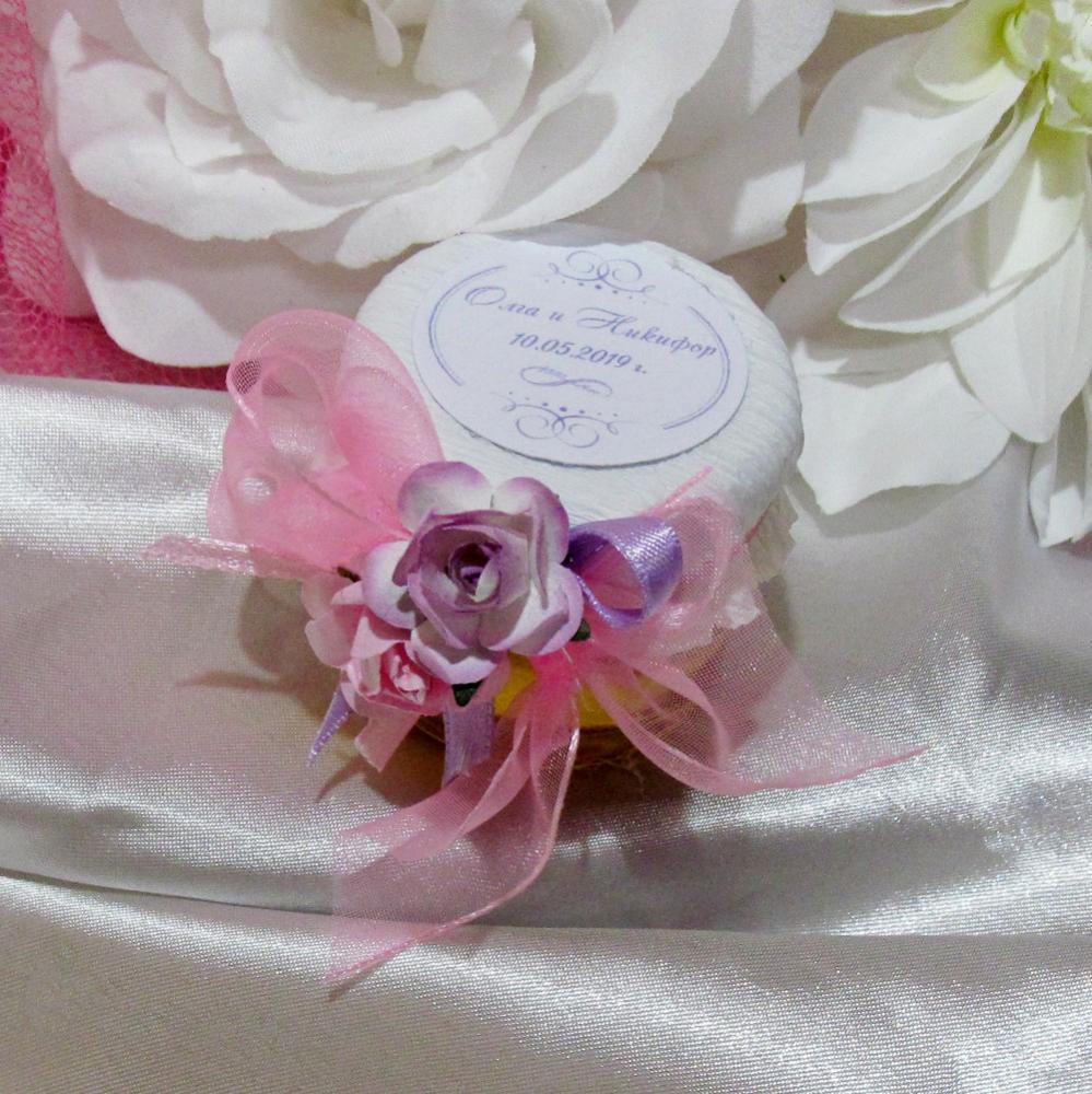 Бурканчета в лилаво и розово