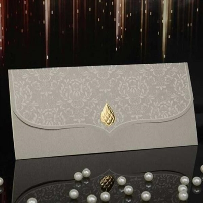 Луксозни покани за сватба с нежен релеф