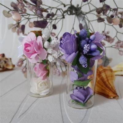 Мини шишенца с цветни рози