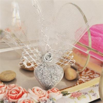 Подаръци за гости - Керамично сърце в тюл