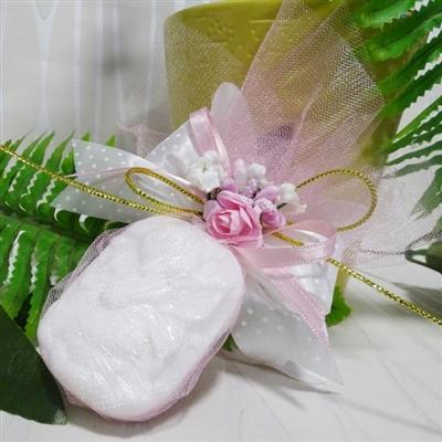 Сапунче с Ангелче в бяло