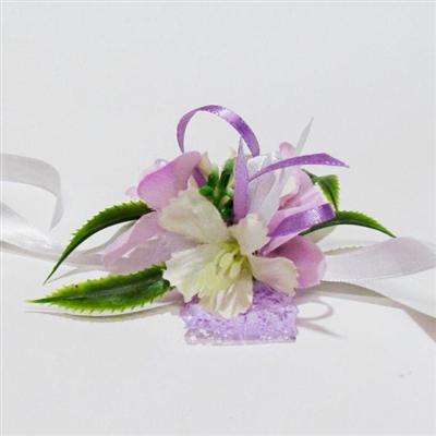 Сватбени гривни в бледо лилаво и бяло