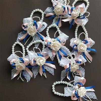 Сватбени гривни с дантела и перли