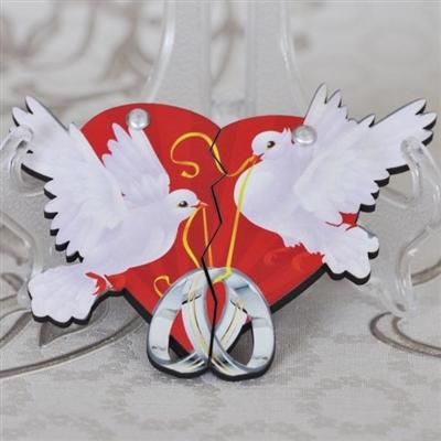 Сватбени магнити с бели гълъби