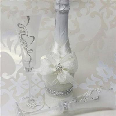 Сватбен комплект шампанско и чаши