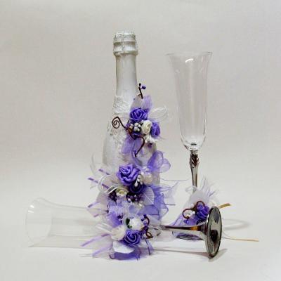 Сватбен комплект ритуални чаши и шампанско