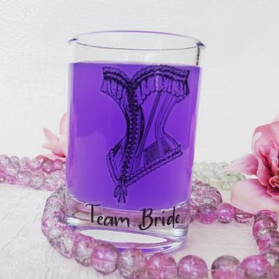 Шот чашки за Моминско парти